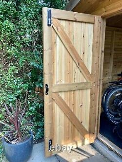 Garden Shed 12 x 10 foot Excellent Condition