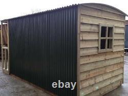 Shepherds hut garden shed garden office spare bedroom! 07940912751